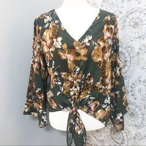 Peach love california blouse. Size M